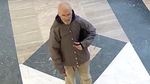 Image tirée d'une vidéo du suspect de la Place Frontenac diffusée par le SPVM