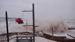 Le quai de Percé a été malmené à plusieurs reprises cet hiver et par les années passées.