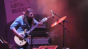 Le guitariste Steve Hill en concert.