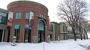 L'Université du Québec en Outaouais (UQO) à Gatineau, sous la neige.