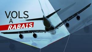 Image d'un avion en plein vol avec la mention «vols à rabais».