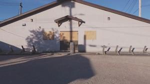 Les portes du refuge sont barricadées.