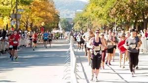 La totalité des épreuves de l'édition 2018 du Marathon international de Montréal seront courues dans les rues de la ville