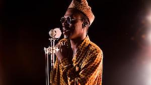 Pierre Kwenders chante Enjaillement
