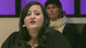 La chroniqueuse Manal Drissi, lors de l'enregistrement de l'émission Bienvenue aux dames.