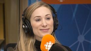 Joannie Rochette au studio 17 de Radio-Canada, à Montréal, le 21 janvier 2018