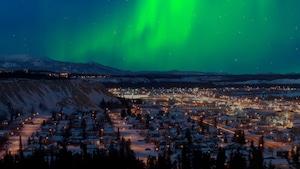 Le Yukon et sa capitale, Whitehorse, offrent notamment de spectaculaires aurores boréales.