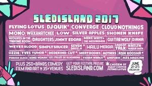 L'affiche du festival de musique Sled Island 2017 de Calgary avec une longue liste d'artistes qui y participent tels que Flying Lotus, Converge, Jimmi Edgar entre autres.