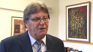L'ancien juge Jean-Paul Decoste, originaire des Îles-de-la-Madeleine.