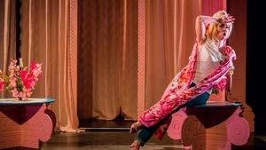 Spectacle La belle Hélène des Jeunesses musicales du Canada, dans une mise en scène d'Alain Gauthier