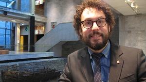 Jonathan Livernois est professeur adjoint au Département des littératures de l'Université Laval