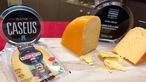 Une demi meule de fromage, et le prix Caseus Longaeve