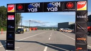 La ligne de départ de la course à l'Aéroport International Jean-Lesage de Québec