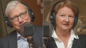 Pierre Bruneau et Ginette St-Cyr au micro de Catherine Perrin.
