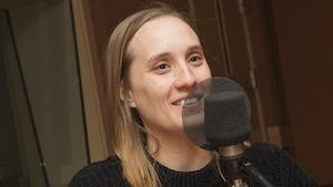 Sophie Dupuis au micro de Catherine Perrin