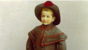 Une petite fille au début du 20e siècle.
