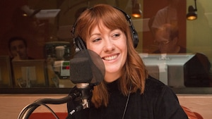 Rose-Aimée Automne T. Morin dans le studio de l'émission La sphère.