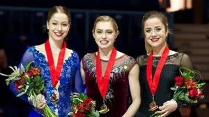 La patineuse Véronik Mallet (à droite) aux Championnats canadiens 2019