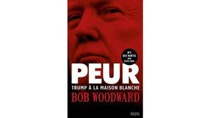 Le visage de Donald Trump en couverture.