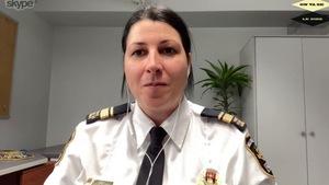 La lieutenante Julie Marcotte par Skype pour l'émission On va se le dire.