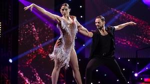 Mylène St-Sauveur et Nico Racicot dansent une rumba.