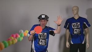 Explosion gluante et canon ping-pong
