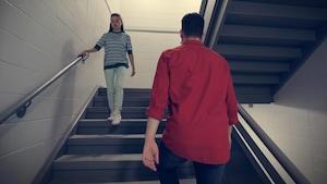 Monter et descendre les marches