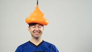 Balloune sur la tête et méga brise-vitre