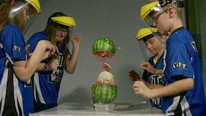 Le melon élastique et les boules destructrices