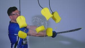 Le ballon-pression et le découpage d'éponges
