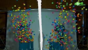 VPVX - L'explosion de balles multicolores