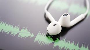 Des écouteurs boutons blancs