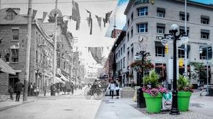 À gauche, on voit une photo noir et blanc de la rue Sparks au début du XXe siècle et à droite, une photo couleur de nos jours.