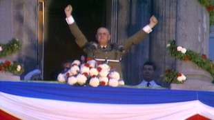Charles de Gaulle après avoir lancé « Vive le Québec libre » depuis le balcon de l'hôtel de ville de Montréal
