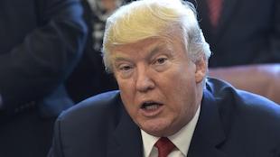 Le président américain Donald Trump a fait ses commentaires sur l'ALENA en marge de la signature d'un décret ordonnant une enquête sur les importations d'acier aux États-Unis.