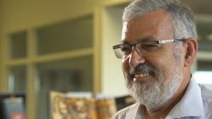 L'imam Hassan Guillet sourit