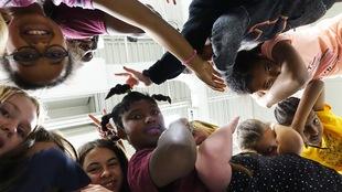 Des jeunes danseurs du programme Arts en folie.