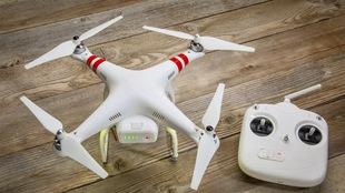 Est-il vrai ou faux qu'il faut un permis de Transports Canada pour utiliser un drone à des fins récréatives?
