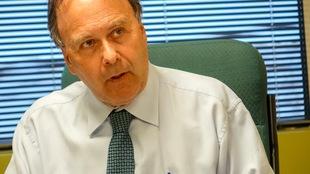 L'avocat Marc Bellemare lors d'une entrevue à son bureau