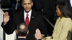 Barack Obama prête serment.