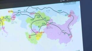 Carte ferroviaire chinoise courant l'Asie jusqu'à l'Europe.
