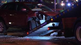 Remorquage d'une voiture accidentée à Montréal