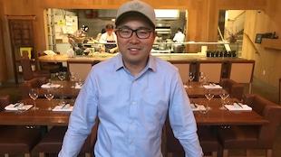 Antonio Park dans son restaurant