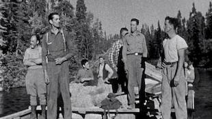 Les Brûlés est un film en noir et blanc de l'ONF réalisé par Bernard Devlin en 1959 à partir de la mini-série de huit épisodes réalisée pour la télévision de Radio-Canada et diffusée à compter du 15 novembre 1957. Le tournage du film a eu lieu à l'été 1957 au lac Chicobi, au nord d'Amos.