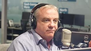 Jean-Guy Gagnon au microphone de Ça parle au Nord