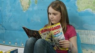 Une jeune lectrice de Débrouillards
