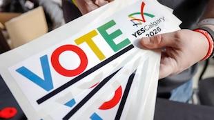 Une affiche en faveur de la candidature de Calgary pour les jeux olympiques d'hiver de 2026.