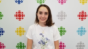 Natasha Pelletier aux studios d'ICI Toronto.