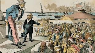Caricature où l'oncle Sam regarde avec mépris des immigrants arrivant à Ellis Island, en face de New York.