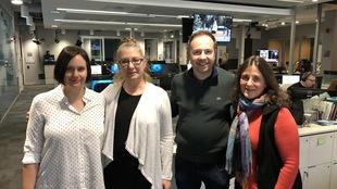 Photo de groupe capturée dans les bureaux de Radio-Canada à Sudbury
